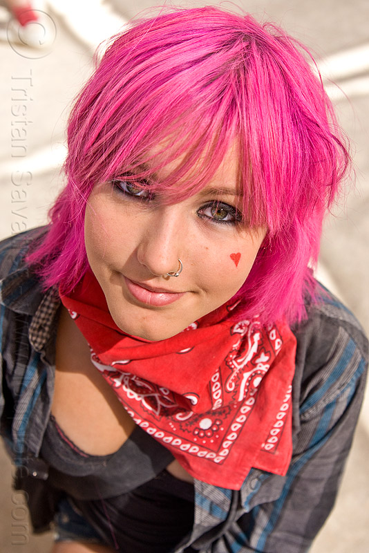 pink hair, bandana, burning man, center camp, chloe, chloë, green eyed, green eyes, heart, nose piercing, nose ring, nostril piercing, people, red, woman