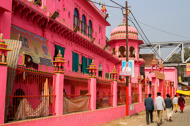 pink temple - daraganj (india), architecture, building, hindu, hindu temple, hinduism, kumbh mela, maha kumbh mela, people, street, walking