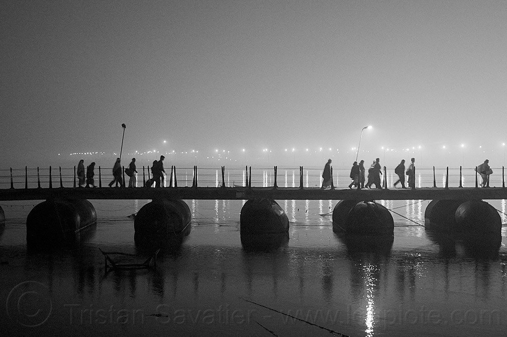pontoon bridge at kumbh mela (india), floating bridge, foot bridge, ganga river, ganges river, hindu, hinduism, infrastructure, kumbh maha snan, kumbha mela, maha kumbh mela, mauni amavasya, metal tanks, night, pontoon bridge, silhouettes, triveni sangam, walking, water