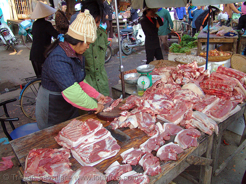 pork meat on the market - vietnam, asian woman, butcher, lang sơn, meat market, meat shop, pig, pork, raw meat, street market