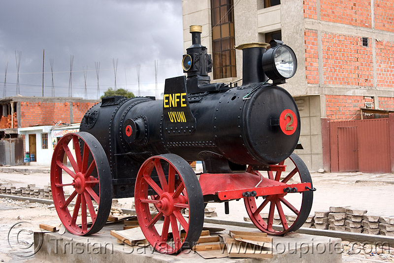 portable steam engine - monument - uyuni (bolivia), enfe, fca, marshall, monument, portable engine, portable steam engine, uyuni