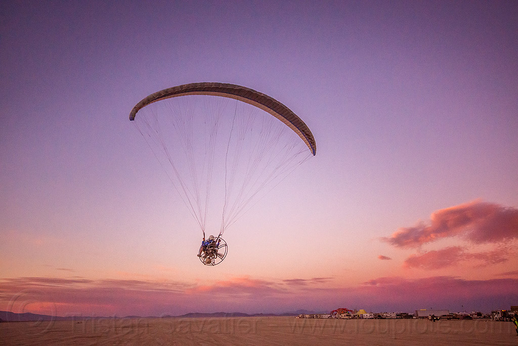 powered paraglider - burning man 2015, brad gunnuscio, burning man, dusk, flying, paramotor, paramotoring, powered paraglider, powered paragliding