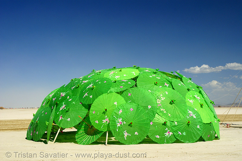 psy trance hut (?) - burning man 2007, art installation, burning man, dome, green, igloo, japanese umbrellas, psy trance hut, unidentified art