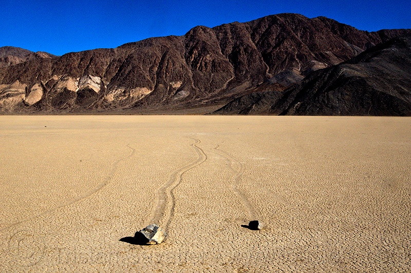 racetrack - sailing stones - death valley, cracked mud, death valley, dry lake, dry mud, mountains, racetrack playa, sailing stones, sliding rocks