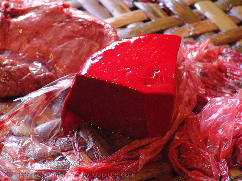 raw blood cake - vietnam, blood cake, blood pudding, caked blood, cho hang da market, coagulated blood, hanoi, phồ hàng da, raw blood, red