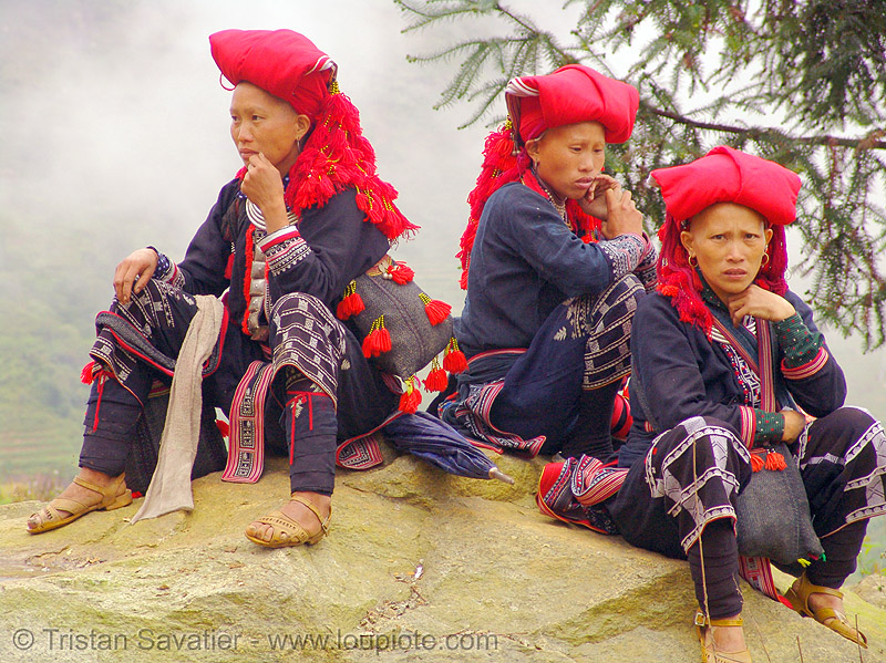red dao tribe women sitting - vietnam, asian woman, asian women, dzao tribe, headdress, headwear, hill tribes, indigenous, red dao tribe, red zao tribe, sapa, sitting, three, traditional, tribe girls, turban, yao tribe