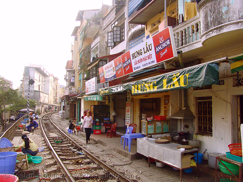 restaurant with view on the train track - vietnam, houses, hung lau, metric gauge, narrow gauge, rail tracks, railroad tracks, rails, railway tracks, single track, train tracks
