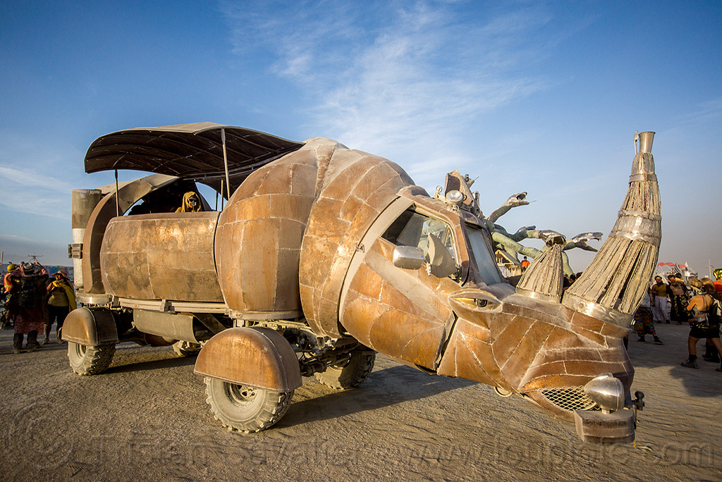 rhino redemption art car - burning man 2015, art car, burning man, kevin clark, mutant vehicles, rhino redemption, rhinoceros