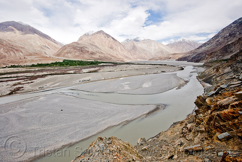 river bed - nubra valley - ladakh (india), ladakh, mountains, nubra valley, river bed