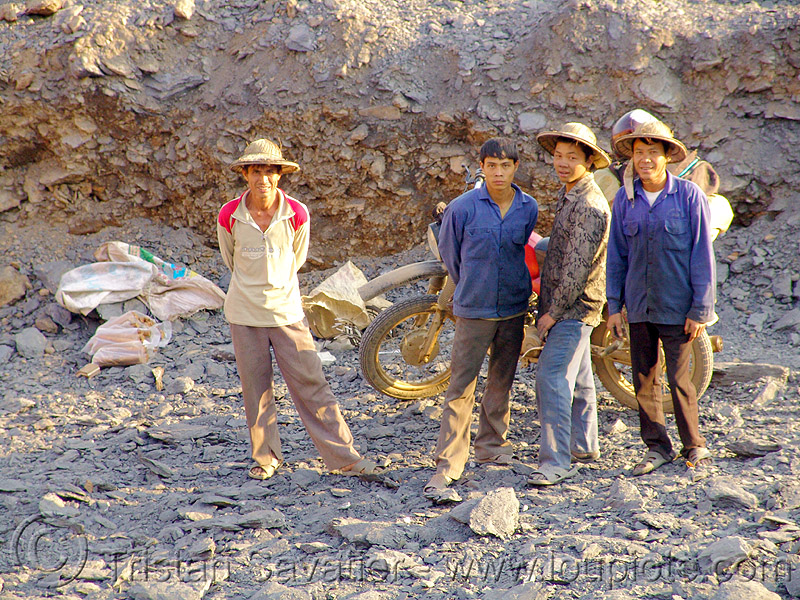 road construction team using dynamite to blast rocks - vietnam, 125cc, drilling and blasting, dynamite blasting, explosive, fuses, fuzes, groundwork, minsk, minsk motorcycle, motorbike, people, roadworks, rock blasting, workers, минск, минск 125, мотоциклы