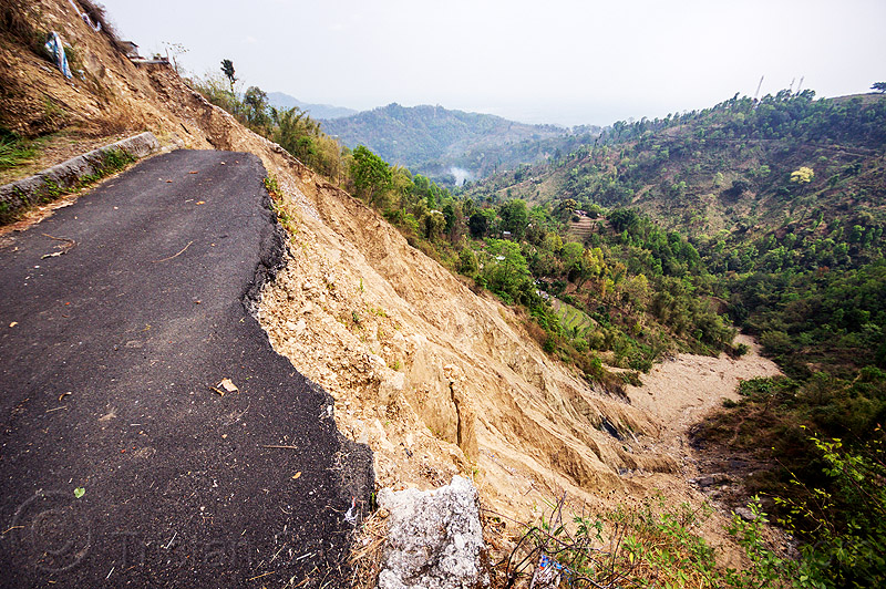 road destroyed by major landslide near darjeeling (india), broken, darjeeling, mountain road, tindharia landslide