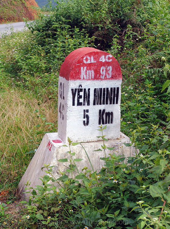 road marker (vietnam), distance, french, km, road marker