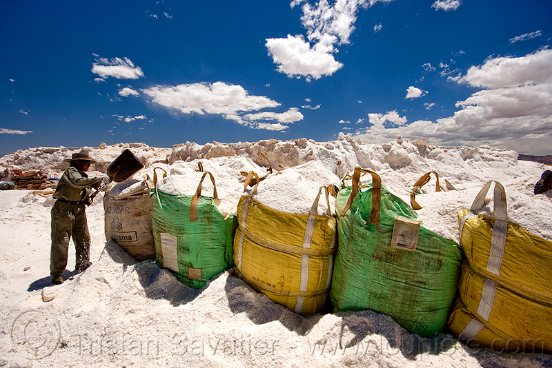 rock salt mining, bags, blue sky, bulk, exploitation, halite, industrial bags, jujuy, noroeste argentino, people, sacks, salar, salinas grandes, salt bags, salt bed, salt flats, salt lake, salt mine, white, worker, working