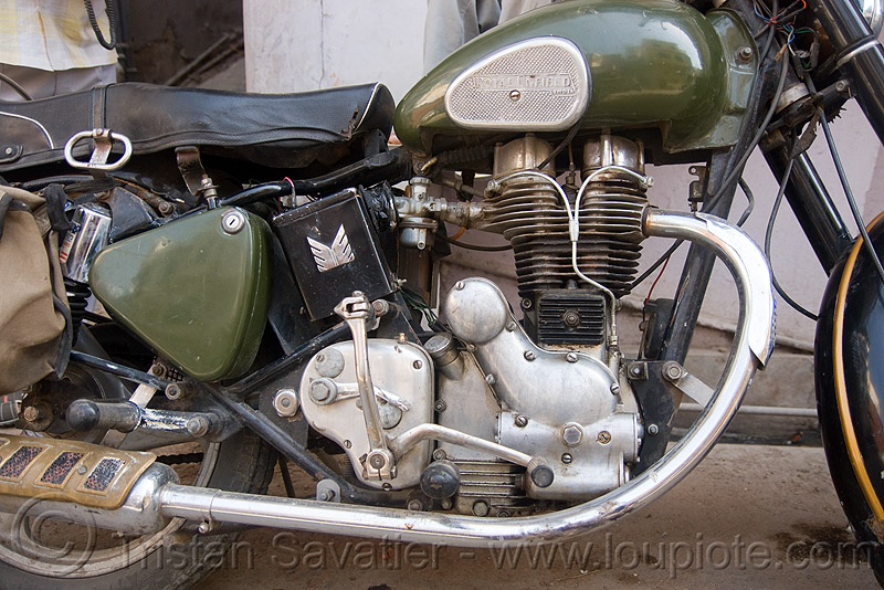 "royal enfield motorcycle - ""bullet"" 350cc, 350cc, engine, green, motorbike touring, motorcycle touring, road, royal enfield bullet, udaipur"