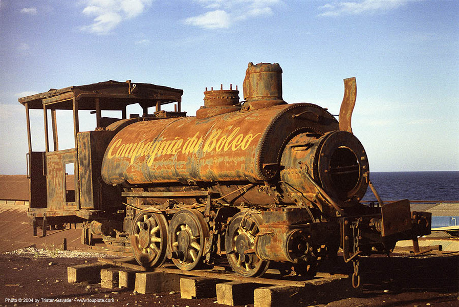 steam locomotive - rusty, baja california, boleo, compagnie du boleo, copper mine, mexico, monument, railroad, railway, rusted, santa rosalia, steam engine, steam train engine, train steam engine