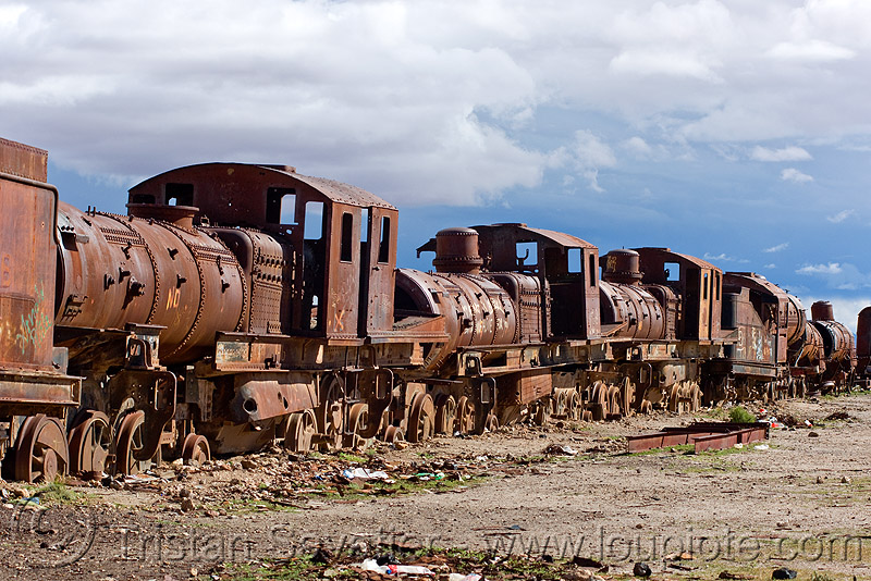 rusty steam locomotives - train cemetery, bolivia, enfe, fca, locomotive, railroad, railway, rusty, scrapyard, steam engines, steam locomotives, steam train engine, train cemetery, train engines, train graveyard, train junkyard, uyuni