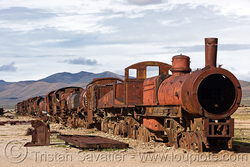 rusty steam locomotives - train cemetery - uyuni (bolivia), abandoned, enfe, fca, locomotive, railroad, railway, rusted, rusty, scrapyard, steam engine, steam locomotives, steam train engine, train cemetery, train engines, train graveyard, train junkyard, uyuni