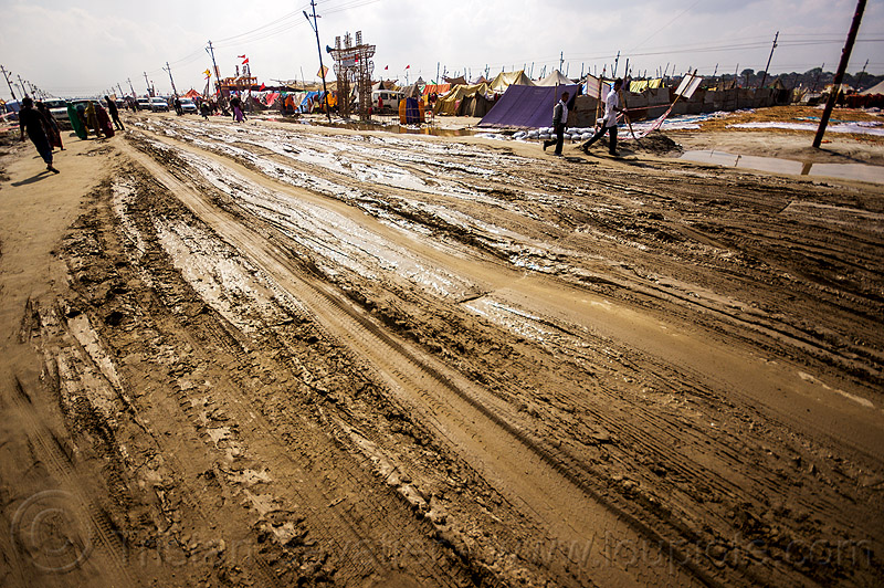 ruts on muddy road (india), hindu pilgrimage, hinduism, india, maha kumbh mela, mud ruts, muddy road, muddy street