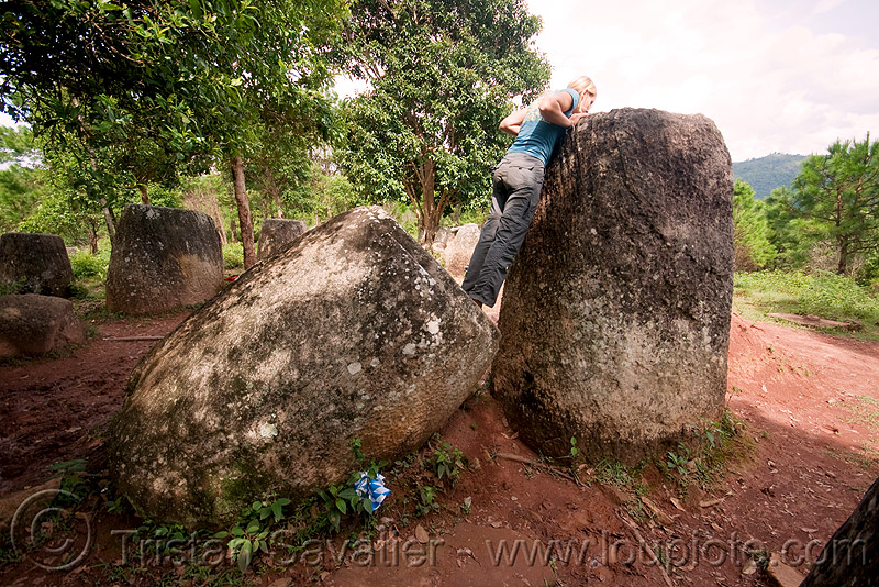 sabine looking in giant stone jars - plain of jars - site 2 - phonsavan (laos), archaeology, giant, phonsavan, plain of jars, stone jars