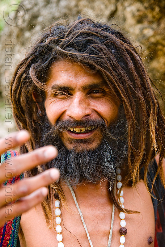 sadhu (hindu holy man) - amarnath yatra (pilgrimage) - kashmir, baba, bad teeth, beard, decayed teeth, dreads, hinduism, mountain trail, mountains, trekking, yatris, अमरनाथ गुफा