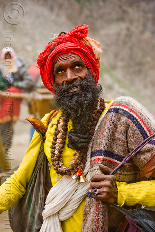 sadhu (hindu holy man) on trail - amarnath yatra (pilgrimage) - kashmir, amarnath yatra, baba, beard, hindu holy man, hinduism, kashmir, mountain trail, mountains, old man, pilgrim, pilgrimage, sadhu, trekking, yatris, अमरनाथ गुफा