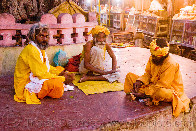 sadhus (hindu holy men) - orchha (india), babas, beard, hindu holy man, hinduism, old man, people, priests, sadhu, street