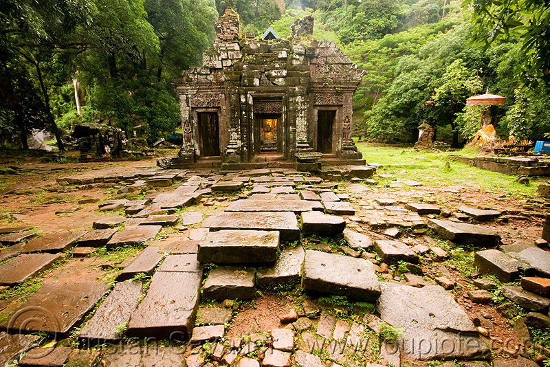 sanctuary - wat phu champasak (laos), khmer temple, main shrine, sanctuary, stone pavement, stone paving, wat phu champasak