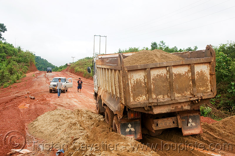 sand truck stuck in sand (laos), dirt road, heavy, lorry, mitsubishi, mud, ruts, sand truck, stuck, tracks, unpaved