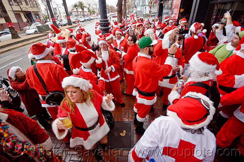 santacon 2009 - santa claus convention (san francisco), christmas, costumes, crowd, red, santa claus, santacon, santarchy, santas, the triple crown