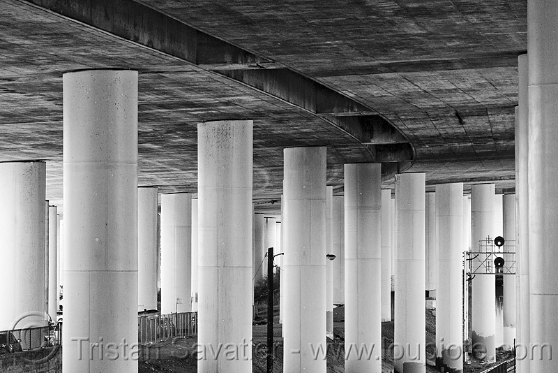 seismic retrofit of elevated freeway, 280, columns, concrete, dog patch, elevated freeway, pillars, urban