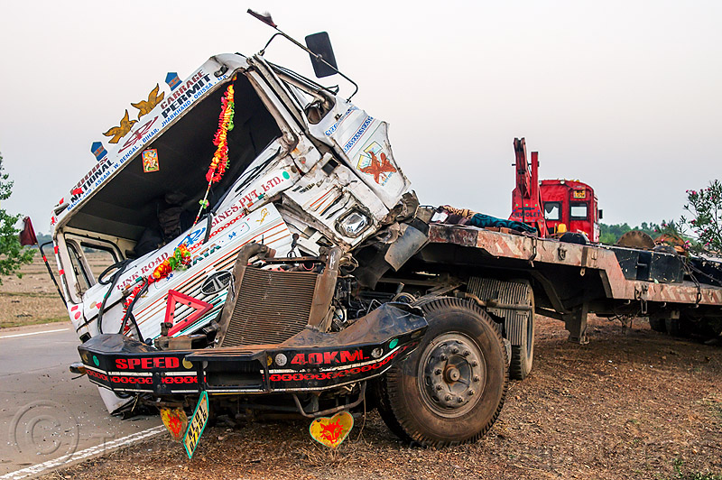 semi truck head-on collision (india), artic, articulated lorry, big rig, cab, cabin, crushed, fatal, frontal collision, head-on collision, road crash, semi truck, semi-trailer, tata motors, tractor trailer, traffic accident, traffic crash, truck accident, wreck