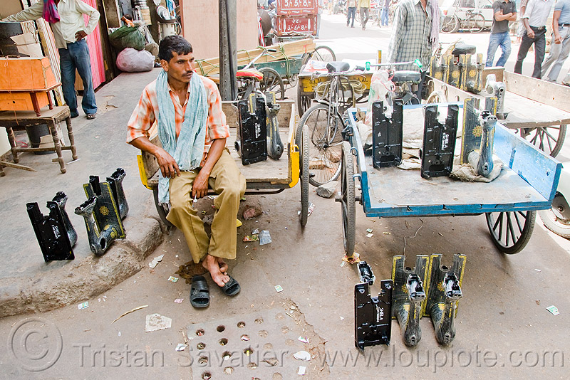 sewing machine shop - delhi (india), people, sewing machines, store, street