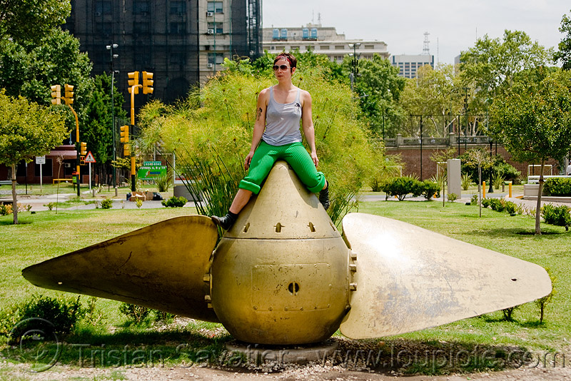 ship propeller monument, boat propeller, buenos aires, krista, large boat propeller, large ship propeller, marine, people, puerto madero, woman