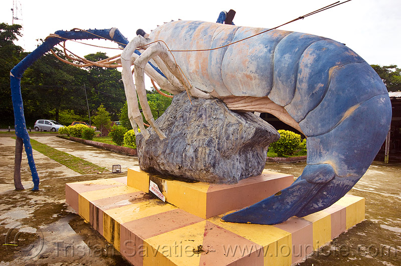 shrimp tail - monument in beluran (borneo), art, beluran, giant prawn, giant shrimp, jumbo prawn, landmark, langouste, lobster mutiara, monument, rock lobster, sculpture, spiny lobster