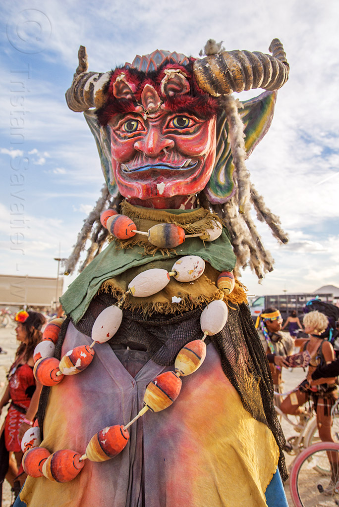 順風耳 - shunfeng er - giant puppet in the mazu procession - burning man 2016, burning man, giant puppet, mazu camp, shunfeng er, 順風耳