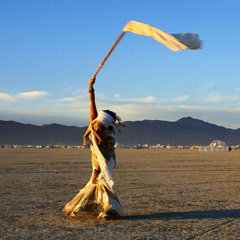 the silent white procession - burning man 2007, burning man, dawn, flag, white morning