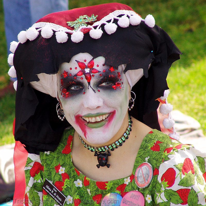 sister oletta B. de monic - the sisters of perpetual indulgence - easter sunday in dolores park, san francisco, easter, makeup, nuns, red, sisters of perpetual indulgence, white, woman