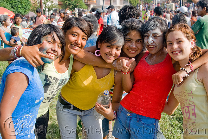 six girls enjoying the carnival in jujuy capital (argentina), andean carnival, argentina, jujuy capital, noroeste argentino, san salvador de jujuy, six, women