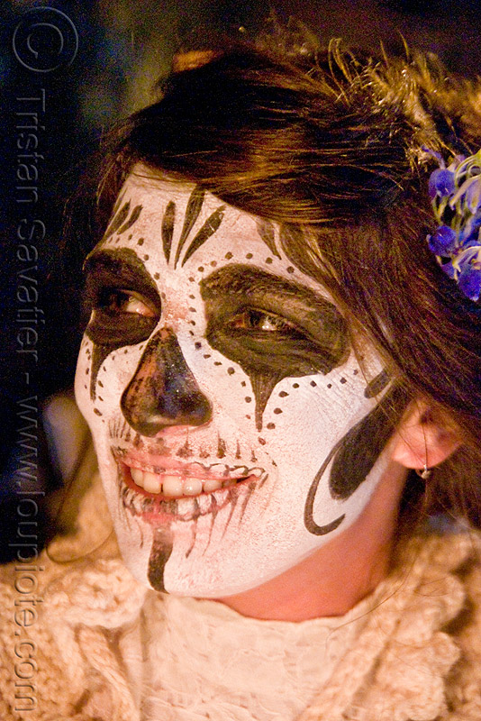 skull makeup - dia de los muertos - halloween (san francisco), day of the dead, face painting, facepaint, night, people, sugar skull makeup, woman