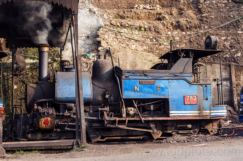 smoking steam locomotive at the darjeeling train yard (india), 782 mountaineer, darjeeling himalayan railway, darjeeling toy train, narrow gauge, railroad, smoke, smoking, steam engine, steam locomotive, steam train engine, train depot, train yard