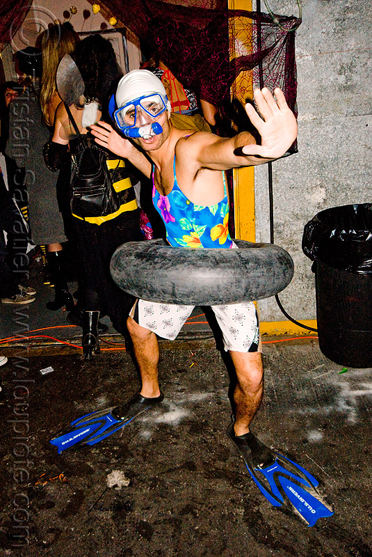 snorkler costume - ghostship halloween party on treasure island (san francisco), ghostship 2009, people, rave party, space cowboys