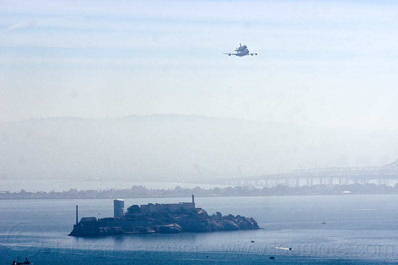 space shuttle endeavour over alcatraz island, 747, aircraft, bay, boeing 747, fly-by, flying, flyover, jumbo jet, nasa, ov105, piggyback, plane, san francisco bay, sca, sf endeavour 2012, shuttle carrier aircraft, water