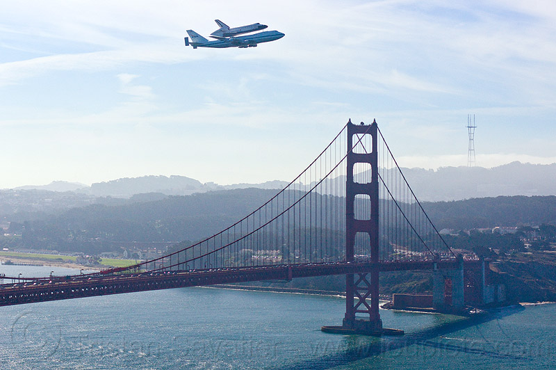 space shuttle endeavour over san francisco's golden gate bridge, 747, aircraft, bay, boeing 747, bridge pillar, bridge tower, fly-by, flying, flyover, jumbo jet, nasa, ocean, ov105, piggyback, plane, san francisco bay, sca, sea, sf endeavour 2012, shuttle carrier aircraft, suspension bridge, water