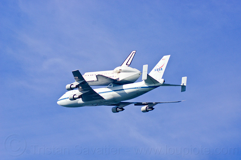 space shuttle endeavour piggyback atop boeing 747 shuttle carrier, aircraft, fly-by, flying, flyover, jumbo jet, nasa, ov105, plane, sca, sf endeavour 2012, shuttle carrier aircraft