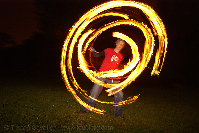 spinning fire hula hoop (san francisco), fire dancer, fire dancing, fire hula hoop, fire performer, fire spinning, night, spinning fire