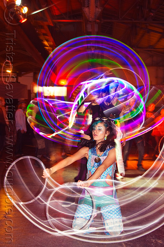 spinning LED hoops, cell space, glowing, grace hoops, hooper, hula hoop, led hoops, led hula hoops, led lights, led-light, light hoop, long exposure, night, stefanie dreamzzz, underground party, warehouse party, woman
