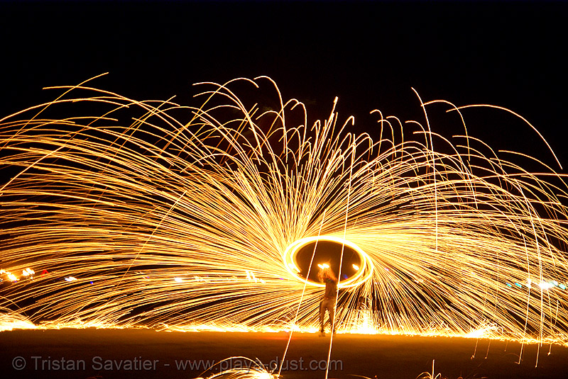 spinning steel wool - burning man 2007, burning man, fire performer, fire spinning, night, sparkles, spinning fire, steel wool