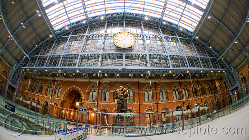 st pancras station (london), architecture, clock, eurostar, fisheye, hall, london, st pancras, steel beams, steel frame, tgv, train station