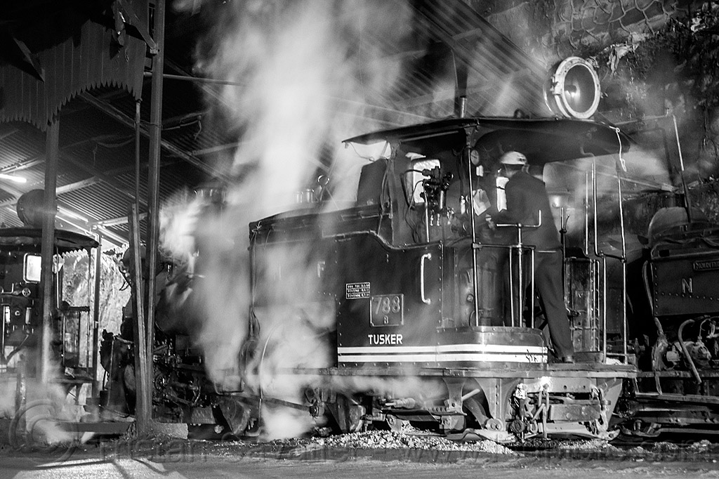 steam locomotive - darjeeling train station (india), 788 tusker, darjeeling himalayan railway, darjeeling toy train, man, narrow gauge, night, railroad, smoke, smoking, steam engine, steam locomotive, steam train engine, train depot, train yard, worker