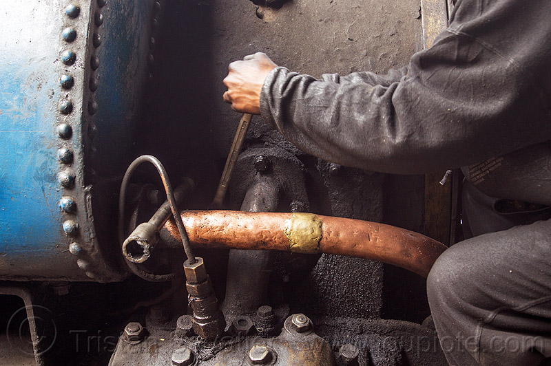 steam locomotive maintenance work in darjeeling (india), 791, brass pipe, darjeeling himalayan railway, darjeeling toy train, fixing, man, narrow gauge, people, railroad, repairing, steam engine, steam train engine, worker, working, wrench